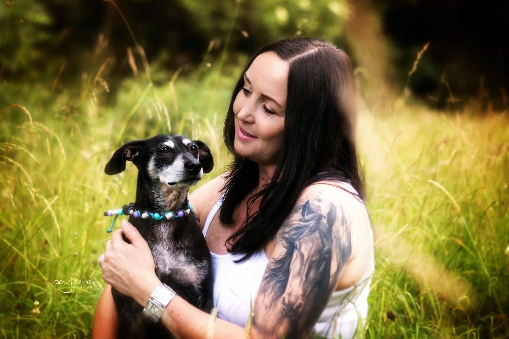 Tierfotografie I Menschen und Ihre Hunde I Hundefotografie I Katzenfotografie I Sensiebelfotografie. Mit Liebe zu Tieren unvergessliche Momente für immer festgehalten